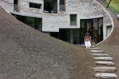Casa subterana din Elvetia