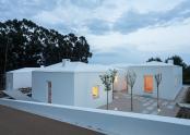 Casa compusa din cinci case mai mici