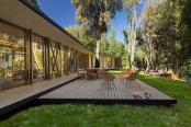 Casa pe malul lacului Villarrica din Chile
