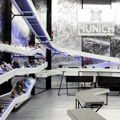 Magazinul munich shoemakers amenajari interioare for Interior design munich