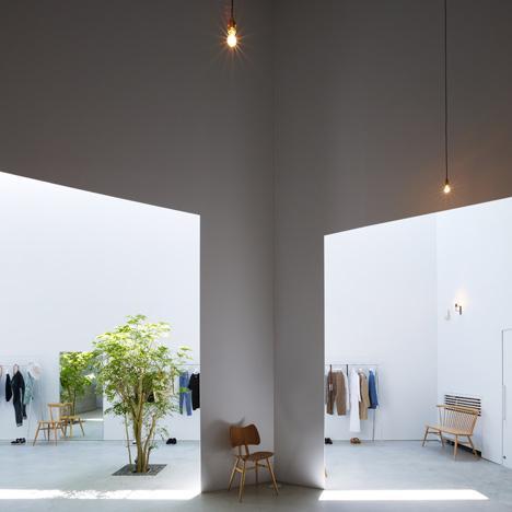 Magazinul 52. Spatiul interior-exterior