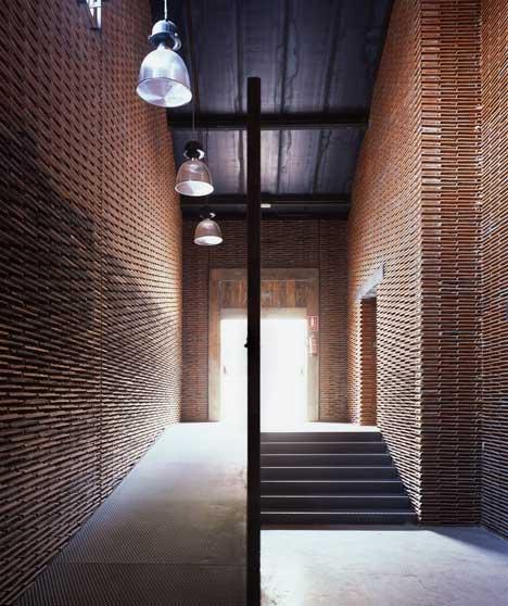 Renovarea depozitului 8B. Madrid