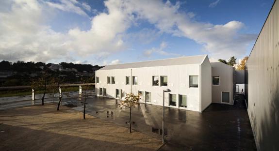 Centrul scolar Paredes. Portugalia