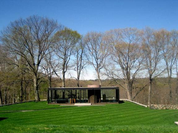 Casa din sticla. Philip Johnson