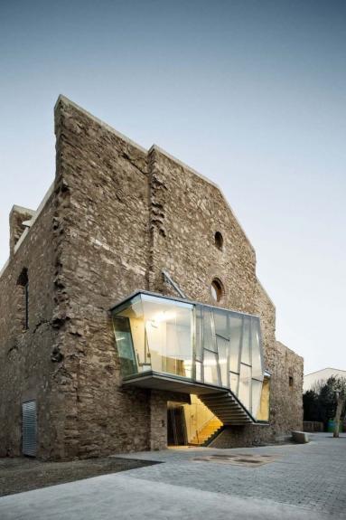 Renovarea bisericii manastirii Sant Francesc