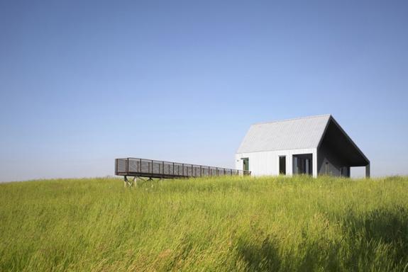 Casa pasiva in mijlocul terenurilor agricole din Huron County