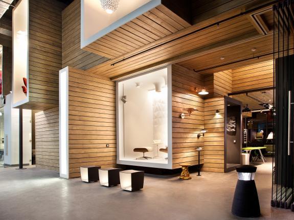 Biroul showroom al companiei DK Project