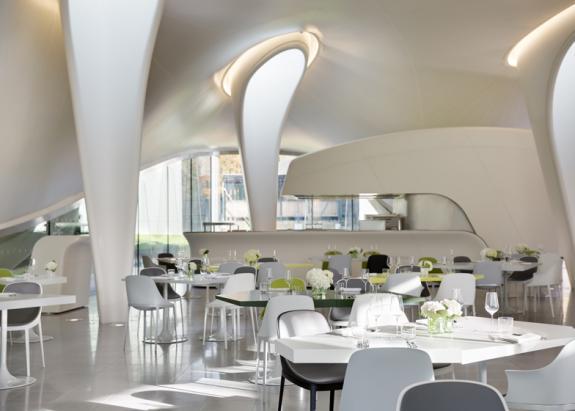 Restaurantul Magazine. Zaha Hadid