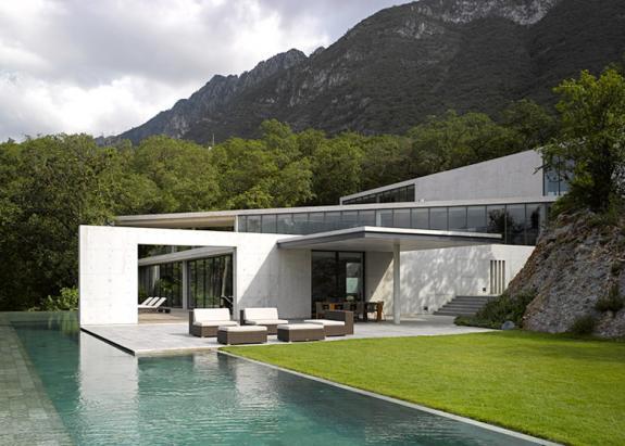 Casa Monterrey, proiectata de celebrul arhitect Tadao Ando