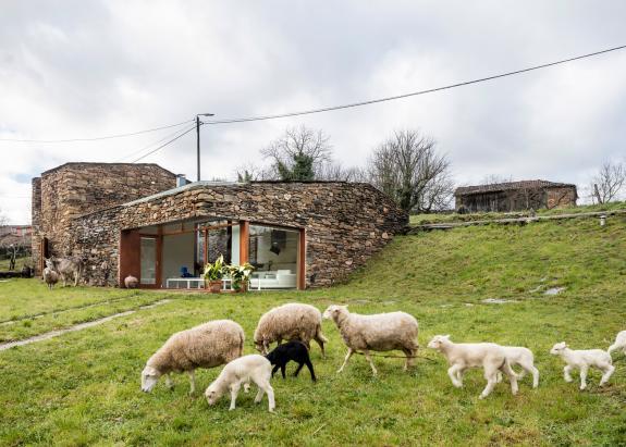 O crama din Spania transformata intr-o casa